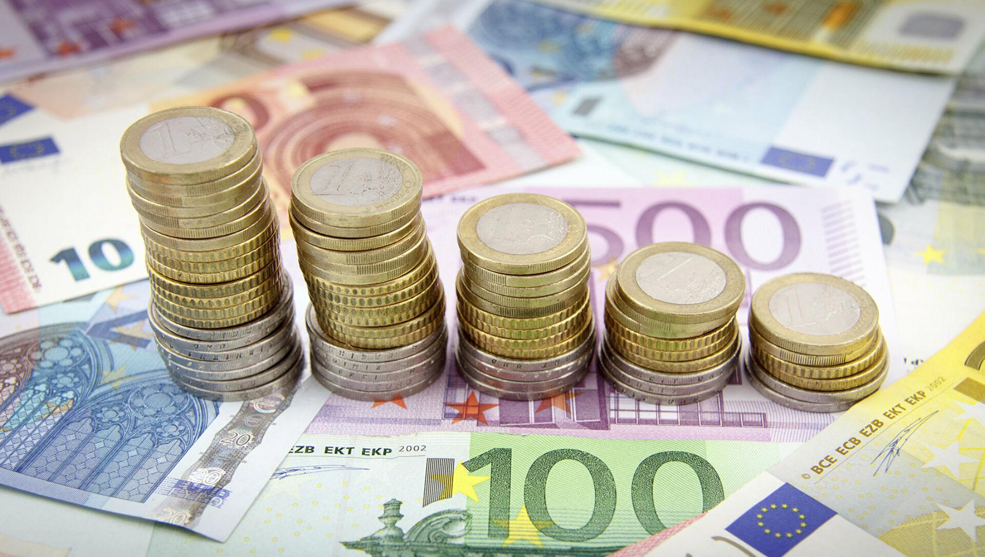 О проведении валютных операций